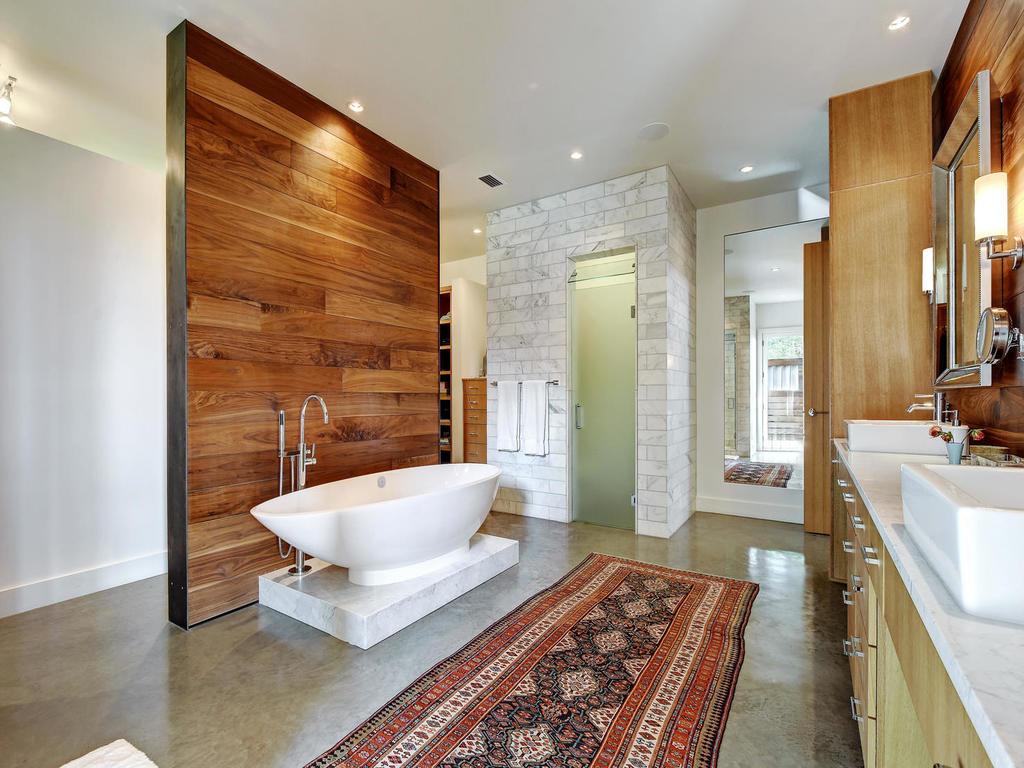 renaud-peck-master-bathroom