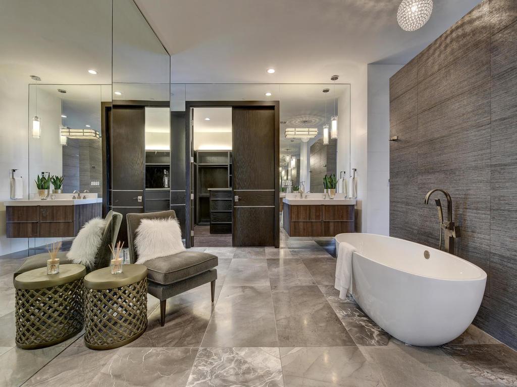tub-bathroom